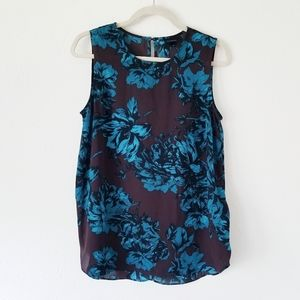 Who What Wear Moody Floral Shell Sleeveless Tank M